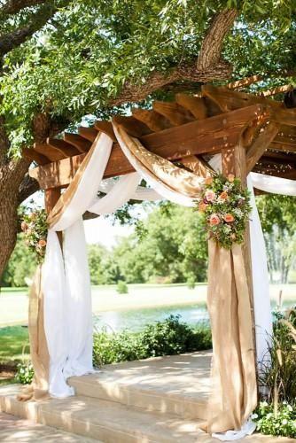 48 Most Pinned Wedding Backdrop Ideas 2020 Burlap Wedding