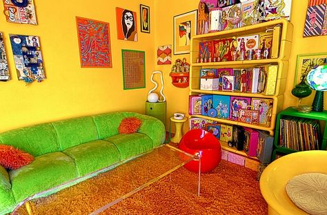 A fitting tribute to the vivacious 60s and the 70s! - Decoist