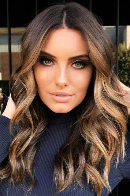 Hair Highlights Caramel Balayage Face Framing 31 Ideas Hair Balayagehair Balayage Balayagehair In 2020 Ombre Hair Brunette Brunette Hair Color Hair Color Balayage