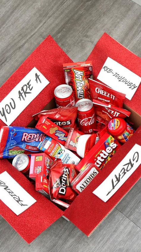 Care Package - EASY DIY Care Package Ideas - Homemade Gift Box Presents - Boyfriend - Girlfriend- Best Friends - Creative - How To Make RED-iculously Gift Box Tutorial #diy #gifts #carepackage