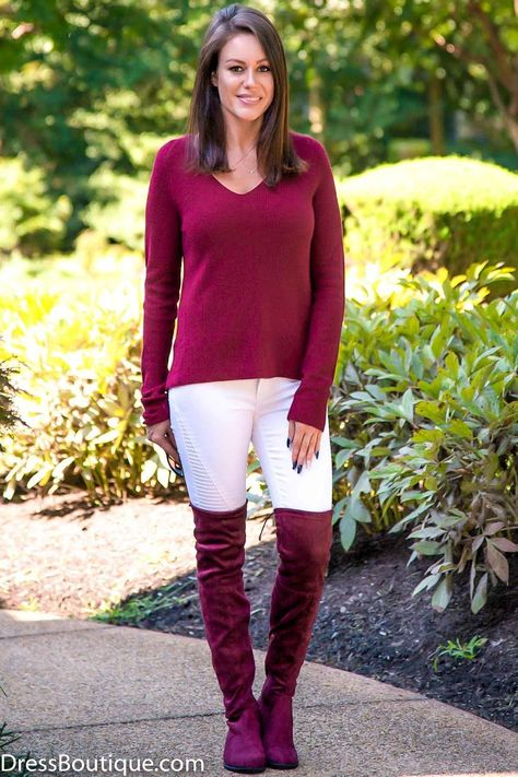 Shop Women's Sweaters and all the latest and hottest Fall fashion trends at DressBoutique.com. New items added weekly. Free shipping on purchases over $50.