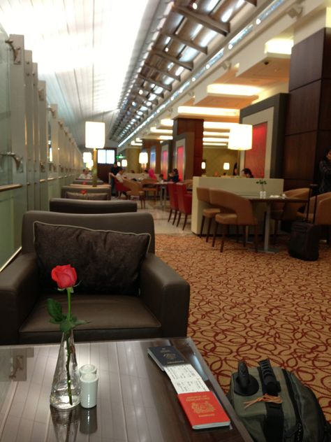 Business Class Lounge Dubai New Terminal Emirates Aviacao