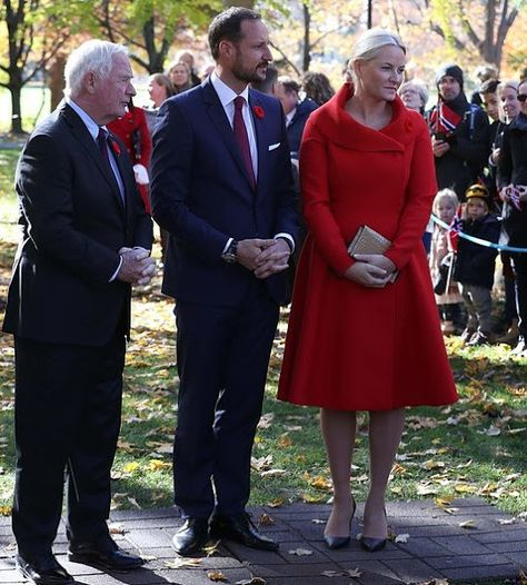 66fd97c0 On the first day of the visit, Crown Prince Haakon and Crown Princess Mette-Marit  of Norway met ...