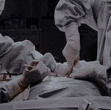 Pin By 𝗋𝖾𝗌𝖺 On ᝰ Hotshot Doc Medical Aesthetic Medical School Motivation Medical