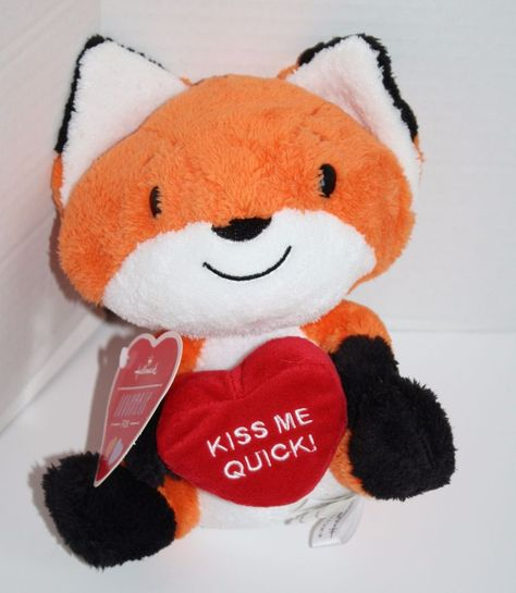 New With Tag Adorable Hallmark Loveable Kiss Me Quick