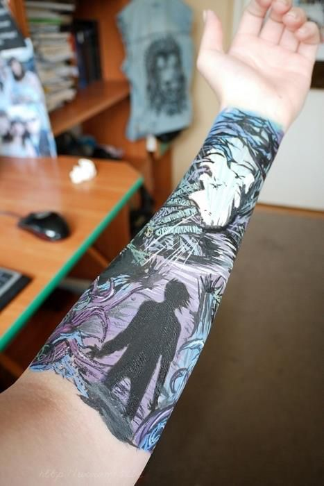 A Day to Remember tattoo. I would never get it but how cool!