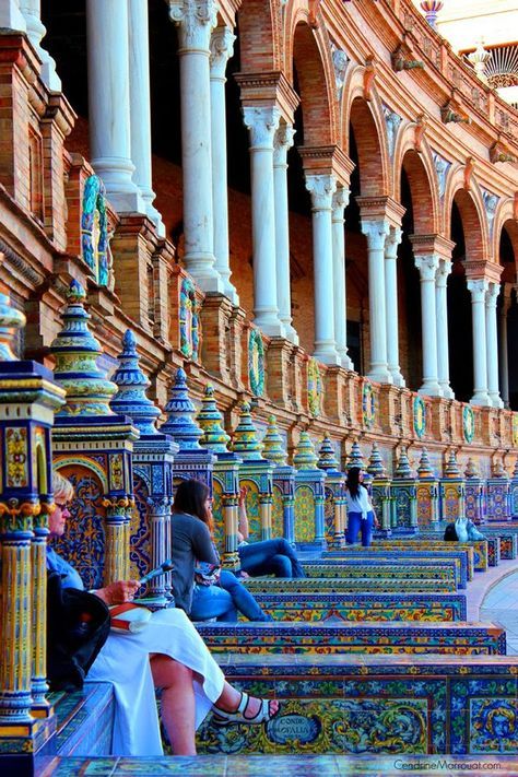 The Plaza de España, in Seville (Spain) is a huge beautiful square built in 1929. It stands out thanks to its greatness, its neo-Mudejar style and its curious decoration of ceramics. Its tiled benches represent every province of Spain. Don't you recognise this square yet? It was featured in Star Wars Episode II as Naboo!