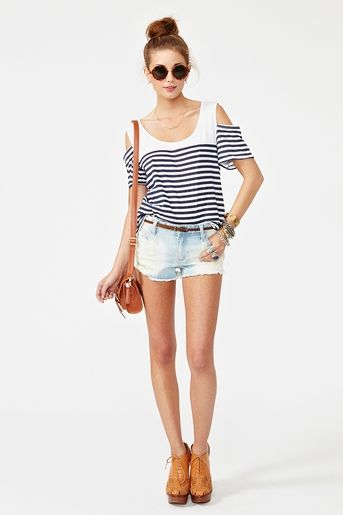 tourist / vacation outfit <3