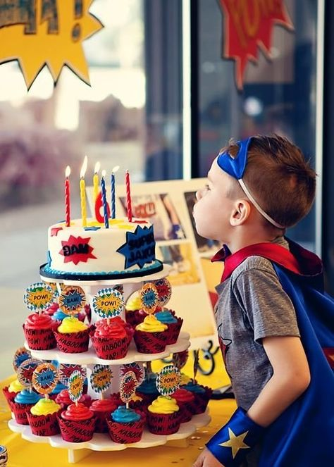 Super Fun Ideas For a Superhero-Themed-Birthday-Party! There's something so fun about a superhero-themed-birthday-party and we couldn't help but round up some of our favorite ideas to share with you! From sweet trea Superhero Cake, Superhero Birthday Party, 6th Birthday Parties, Boy Birthday, 5th Birthday Ideas For Boys, Super Hero Birthday, Cake Birthday, Avengers Birthday Parties, Spiderman Birthday Ideas
