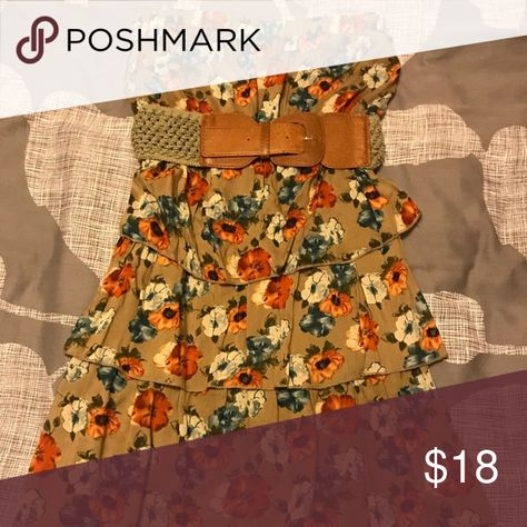 Strapless Floral Dress with Bow Belt This strapless dress is perfect for any occasion. Excellent quality. Comes with bow belt! Pair with a cropped jean jacket! Dresses Strapless