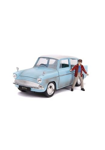 Harry Potter 1959 Ford Anglia 1 24 Scale W Figure Sponsored Ford Affiliate Harry Potter Ford Anglia Vintage Style Outfits Toy Car