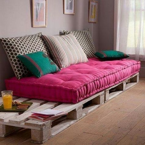 25 Comfortable Living Room Seating Ideas without Sofa | Comfortable ...