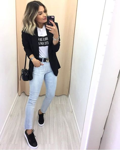 8 looks descolados com Blazer O blazer aquela que passou de ite… 8 cool looks with Blazer The blazer is that piece that went from the key item of the formal look, to that indispensable fashion item in every It girl's wardrobe.