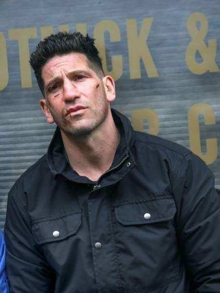 Jon Bernthal Filming The Punisher Season 2 Jon Bernthal Jon Bernthal Punisher Punisher Marvel