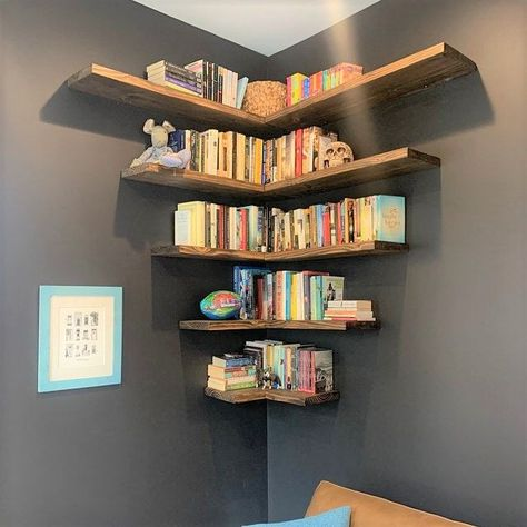 Floating shelves add a rustic but contemporary look to your home or work space. The solid wood shelves provide sturdy storage for books, dishes, or bathroom décor in a cozy, farmhouse style. Creative Bookshelves, Floating Bookshelves, Bookshelf Design, Floating Shelves Diy, Wall Shelves Design, Homemade Bookshelves, Hanging Bookshelves, Wall Shelf Unit, Wall Shelves For Books