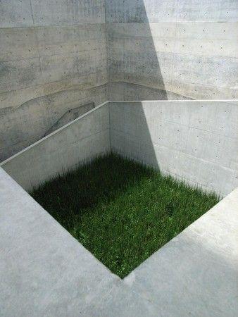 安藤忠雄 地中美術館 Sumally サマリー Tashima Shin Shin Sumally Tashima サマリー 地中美 Concrete Architecture Modern Japanese Architecture Modern Architecture Design