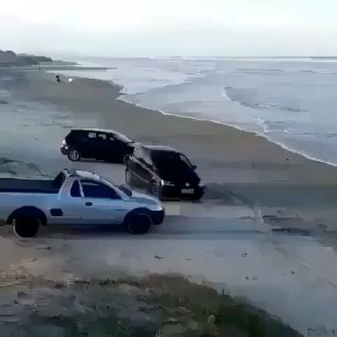 No clue what this guy thought would happen😂 • •Follow @vaperlux @bestcarsallday • • • • Follow me @crashcomps Like recent photo Leave a comment #carcrash #caraccident #accident #crash #personalinjury #car #carcrashes #dashcam #carsofinstagram #cars #personalinjuryattorney #drivesafe #autoaccident #baddrivers #injured #attorney #lawyer #dui #driving #drunkdriving #alcohol #crashes #bhfyp #roadrage #crashcar #slipandfall #roadaccident #florida #baddriver