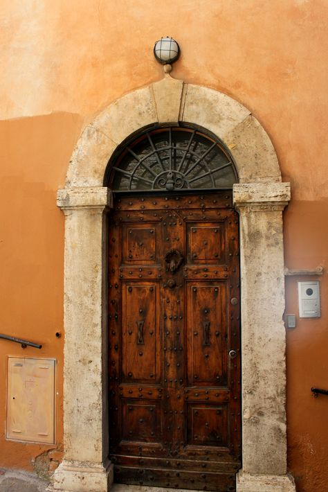 Italian Architecture Means That You Get To See These Incredible Door Designs Iliveitaly Italy Travel Archit Italian Architecture Italian Doors Architecture