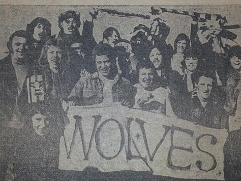 On way to 1974 League Cup final