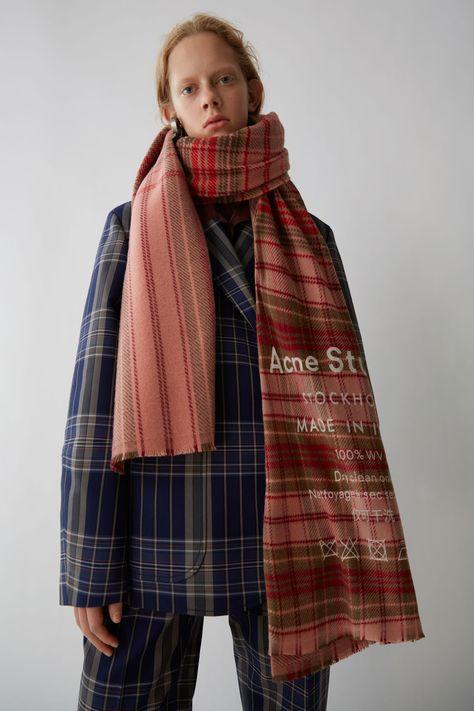 Accessories Cassiar Check Pale Pink / Camel Check 1500x 002