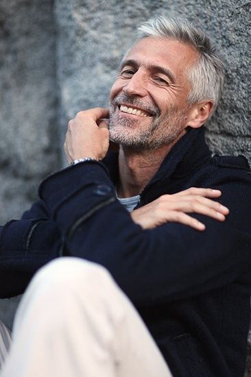 Image Result For 60 Year Old Male Model Oldermensfashion Grey Hair Men Older Mens Hairstyles Mens Hairstyles