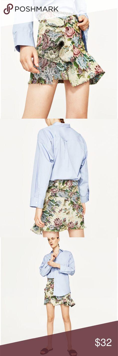 f2be83fac Zara Printed Mini Skirt Totally cute Zara printed tapestry style mini skirt  with asymmetrical bottom and