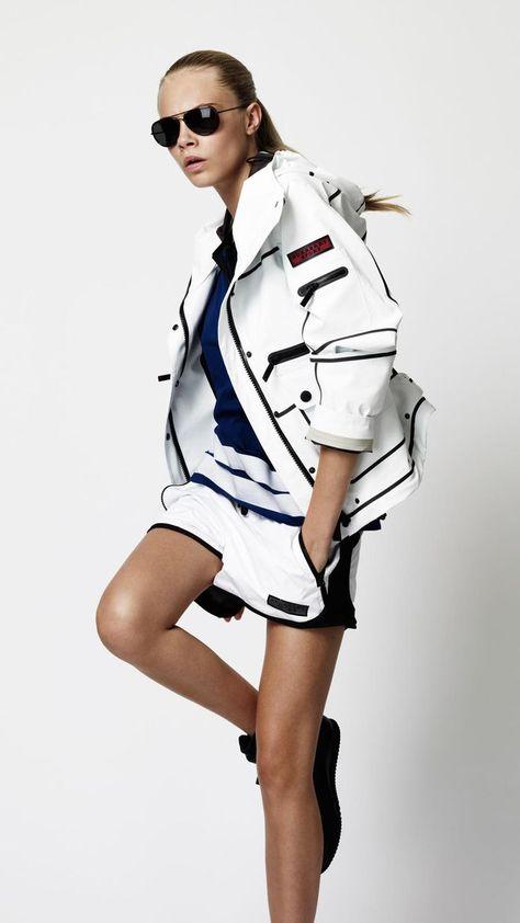 Burberry sport 2012 look chic, sport fashion, moda fashion, fitness fashion, fashion