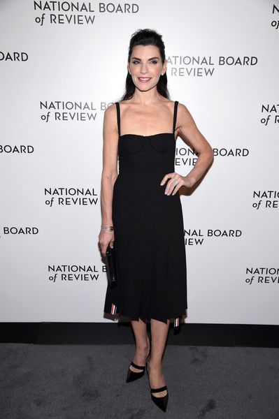 Julianna Margulies - Women Over 50 Who Looked Amazing This Awards Season - Photos