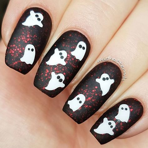 Painted Polishbylexi The Upside Down LE from the Stranger Things Duo // SnailVin… Painted Polishbylexi The Upside Down LE von dem Fremden Dinge Duo / / SnailVinyls Ghost Nail Decals / / Halloween Nägel / / Matte Nägel / / Nail Art @ MadHatterMH Holloween Nails, Cute Halloween Nails, Halloween Nail Designs, Halloween Sale, Halloween Acrylic Nails, Halloween Coffin, Black Nail Designs, Nail Art Designs, Simple Nail Designs