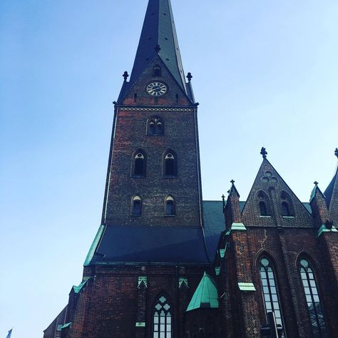 I returned to Hamburg and I will stay in Europe for about a month. #travel#instadaily #instagood  I returned to Hamburg and I will stay in Europe for about a month. #travel#instadaily #instagood #beautiful #church #hamburg #europe #eu #me #love #protestant #germany