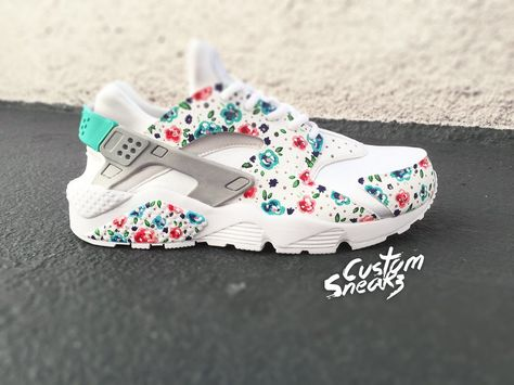 new styles 663a6 6154b Nike Huarache Custom Floral for Women, White on White Womens Custom Nike  Huarache, Teal blue, Hand Painted