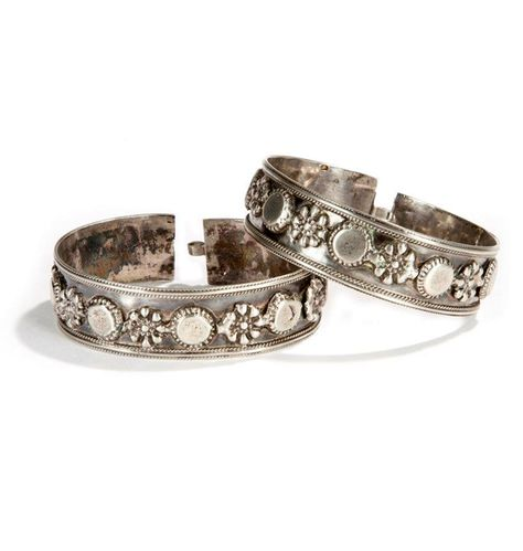 Algeria | Silver bracelets from the Aures | ca. late 19th century | 320 € ~ sold (Dec '14) for a set of 4