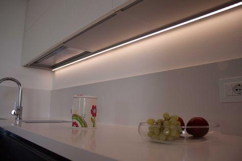 Barre a LED sottopensile per cucine   Lighting design nel ...