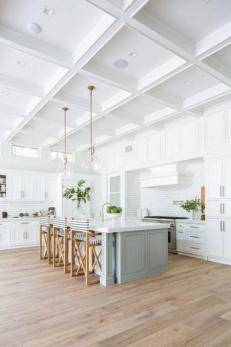 California New-Construction Custom Home - Interior design kitchen Luxury Interior Design, Interior Design Kitchen, Interior Paint, Coastal Interior, Interior Livingroom, Diy Interior, Modern Kitchen Design, Kitchen Designs, Coastal Decor