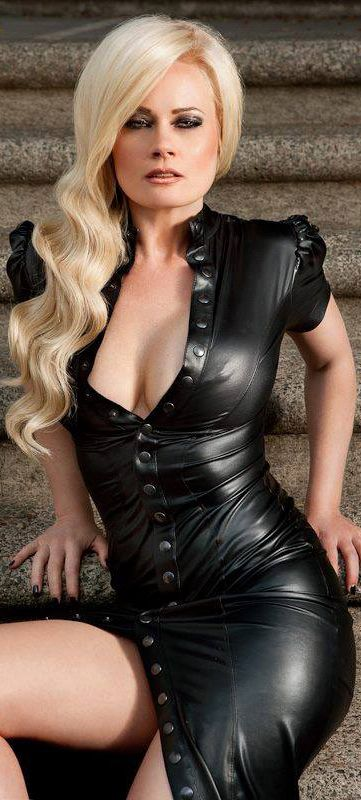 mature in shiny leather latex pvc responded