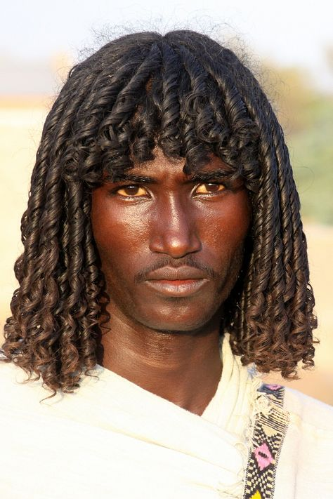 are what REAL Egyptians used to look like.The Afar people are currently across Ethiopia. ☥These are what REAL Egyptians used to look like.The Afar people are currently across Ethiopia. My Black Is Beautiful, Beautiful People, Beautiful Men Faces, Art Afro, Eric Lafforgue, Looks Black, African Diaspora, African Culture, African Life