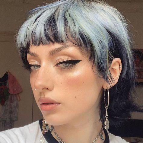 Mullet Haircut, Mullet Hairstyle, Hair Inspo, Hair Inspiration, Korean Hair Color, Hair Dye Removal, Alternative Hair, Hair Reference, Girl Short Hair