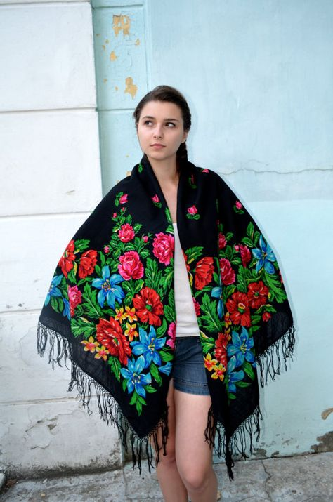 Ladies Eastern European Ethno Folk Russian Style Shawl Scarf Wrap With Fringes