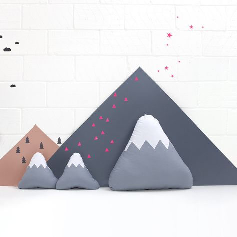 Floor Cushion / Pouffe . Mountain - Grey