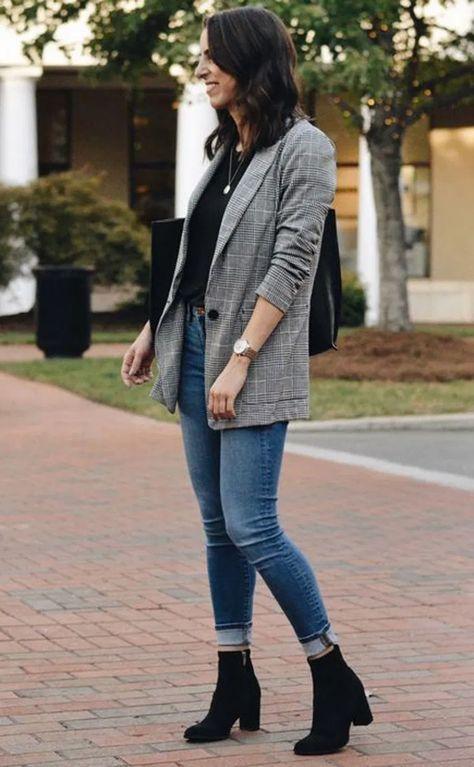 20 Women's Business Casual Blazer Styles 15