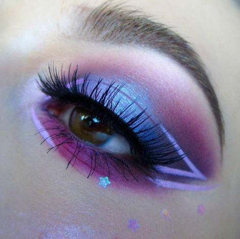 How To Clean Beauty Blenders & Makeup Brushes We're loving this purple passion eye look by featuring our 386 lashes! The post How To Clean Beauty Blenders & Makeup Brushes appeared first on Makeup Trends On World. Makeup Eye Looks, Eye Makeup Art, Pretty Makeup, Makeup Inspo, Eyeshadow Makeup, Makeup Brushes, Purple Makeup, Makeup Tips, Makeup Tutorials