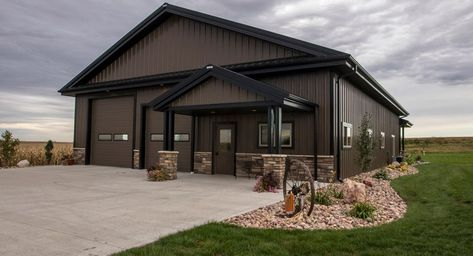 Are you thinking about Metal Shop House ? This is perfect decision especially if you really care about durability and long life time. We are the experts of metal building homes make sure to check our site for a lot of great metal shop house designs. Morton Building Homes, Steel Building Homes, Metal Shop Building, Building A House, Building Ideas, Morton Homes, Metal Building House Plans, Building Images, Building Systems