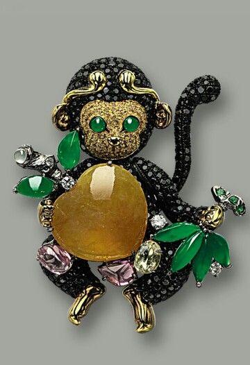 vintage Enamel Hand Painted Ape Gorilla Monkey Charms Pendants 3 Colors Br Wh Ye