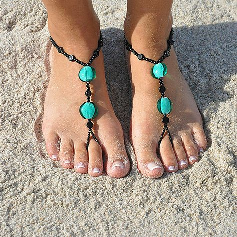 They are called sunsandals and I am DYING for a pair!! (AND only $13!!)