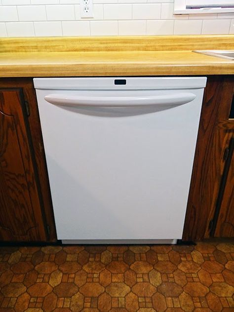 One Project At A Time Diy Blog How To Install A Dishwasher Dishwasher Installation Dream House Decor Diy Cabinets