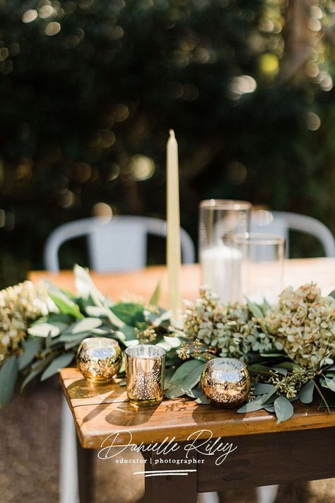 #danielleriley If you're plannign an intimate wedding and are looking for some modern wedding decor inspiration, then this Chapel Hill wedding is for you! Outdoor wedding decor inspiration by Danielle Riley, Chapel Hill wedding photography #wedding #tablesetting #weddingdecor