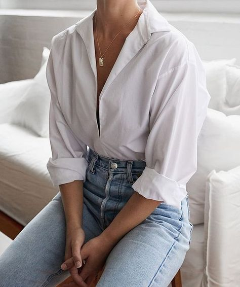 5 White Shirts To Add To Your Essential Wardrobe (Harper & Harley) - Outfit Ideen Mode Outfits, Jean Outfits, Trendy Outfits, Fashion Outfits, Womens Fashion, White Shirt Outfits, Jeans Fashion, White Blouse Outfit, Fashion Ideas