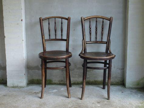 Vintage chairs image by Susan Christensen on inspiration