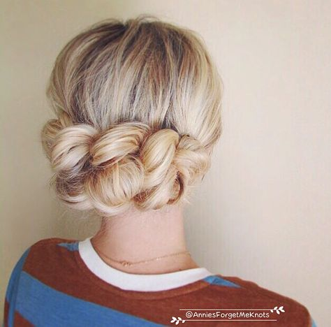 Low up-do tutorial. Love this.