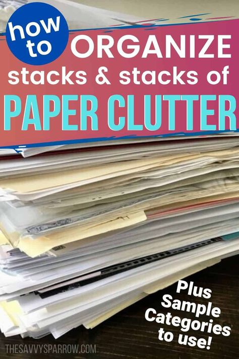 Organize paperwork with this easy filing system! Sort paper clutter using these categories and learn how to set up a paper organization system that works. Home File Organization, Office Organization At Work, Folder Organization, Organization Hacks, Organizing Important Papers, Organizing Paperwork, Organizing Tips, Organizing Documents, Office Filing System